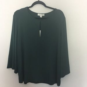 NWT Amour Vert Key Hole spruce Top Blouse  L
